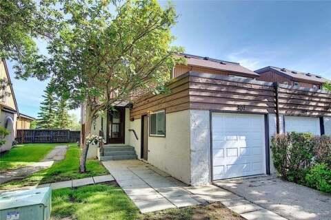 Townhouse for sale at 2423 56 St NE Calgary Alberta - MLS: C4304939