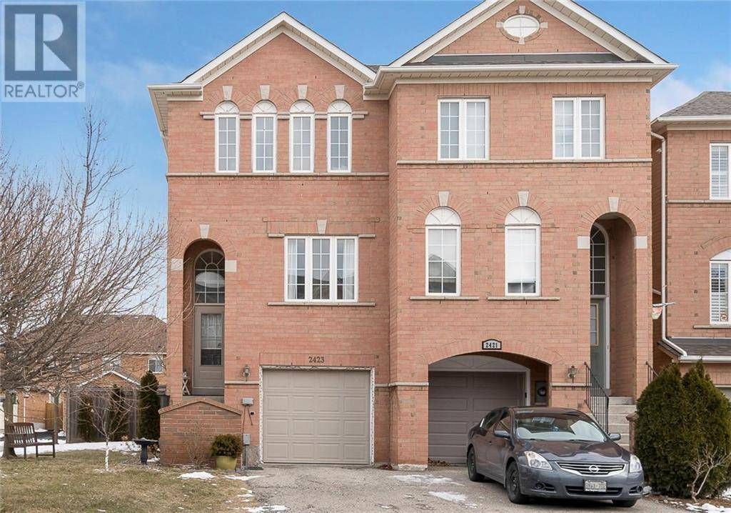 Townhouse for sale at 2423 Ravinebrook Cres Halton Ontario - MLS: 30791863