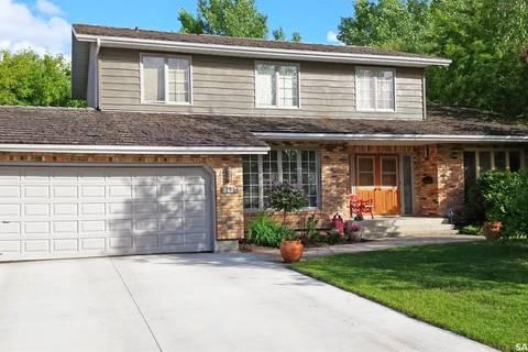 House for sale at 2423 Strathmore Pl E Regina Saskatchewan - MLS: SK803904