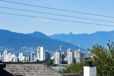 Townhouse for sale at 2429 1st Ave W Vancouver British Columbia - MLS: R2376145