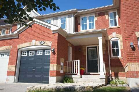 Townhouse for sale at 243 Chilcott Crct Newmarket Ontario - MLS: N4918824