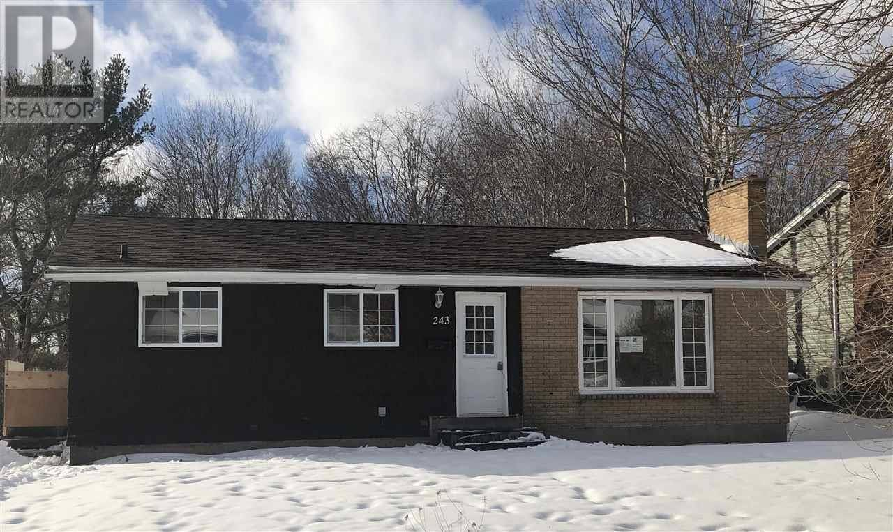 House for sale at 243 Gourok Ave Dartmouth Nova Scotia - MLS: 202001486