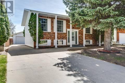 House for sale at 243 J.j. Thiessen Cres Saskatoon Saskatchewan - MLS: SK772424
