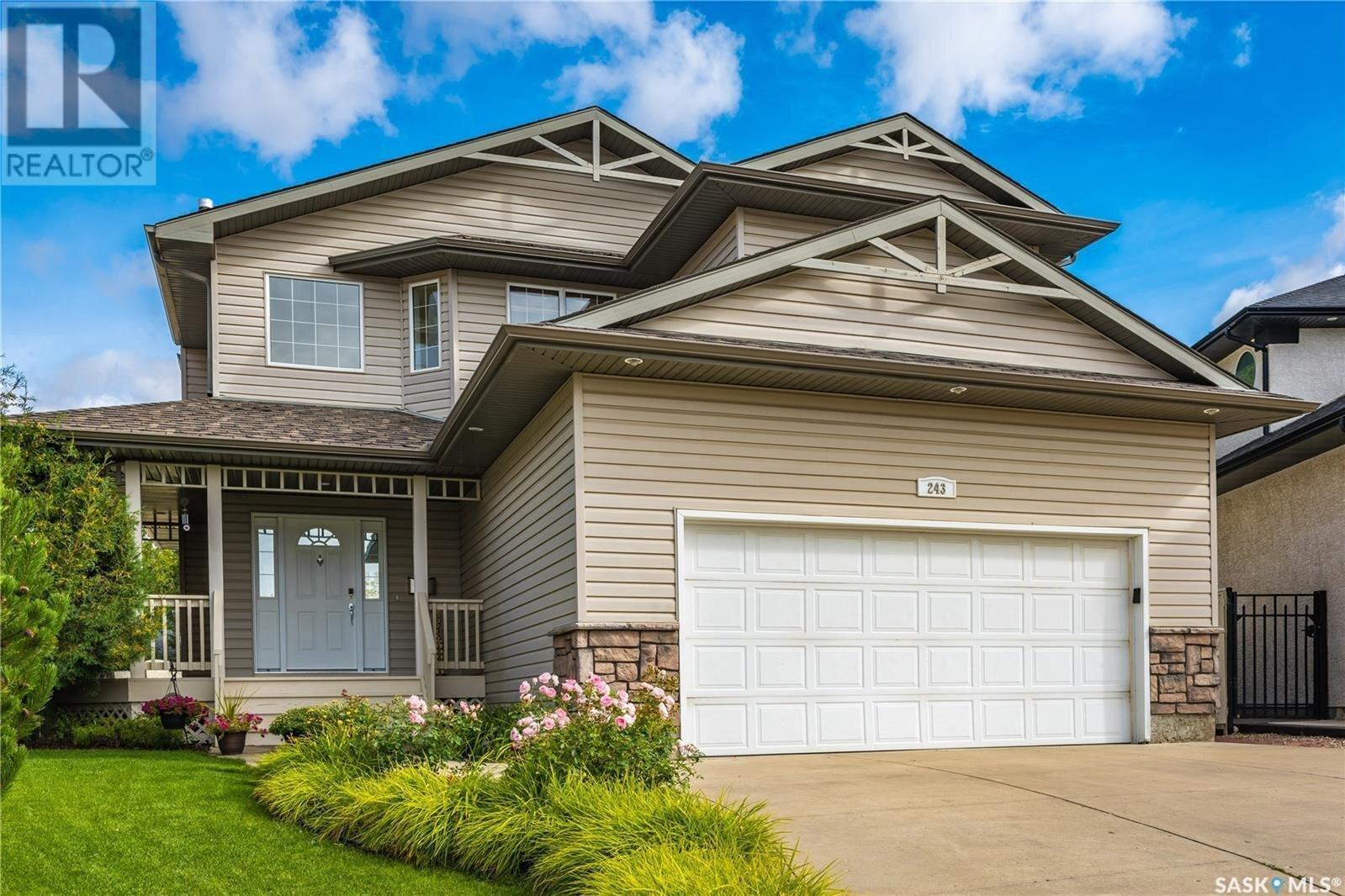 House for sale at 243 Kutz Cres Saskatoon Saskatchewan - MLS: SK833603