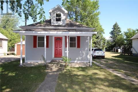 House for sale at 243 Maple Ave Yorkton Saskatchewan - MLS: SK786705