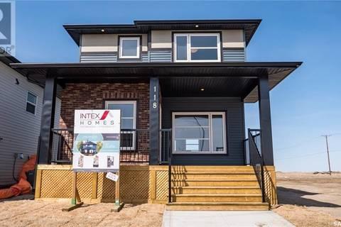 House for sale at 243 Mcarthur Cres Saskatoon Saskatchewan - MLS: SK772809