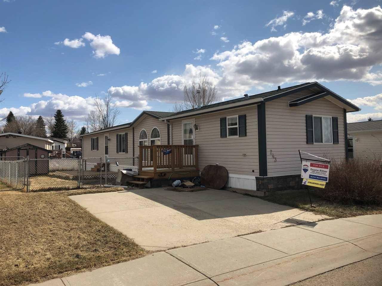 Home for sale at 243 Oakwood Dr Nw Edmonton Alberta - MLS: E4188979