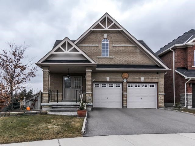 Sold: 243 Twin Hills Crescent, Vaughan, ON
