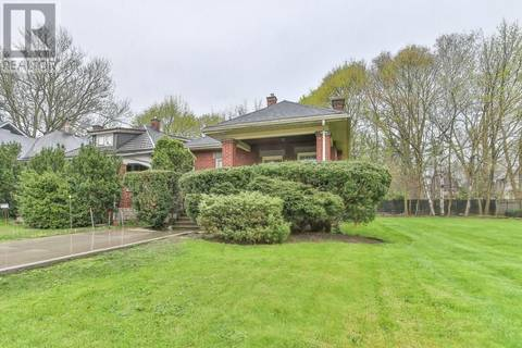 House for sale at 243 Victoria St London Ontario - MLS: 194721