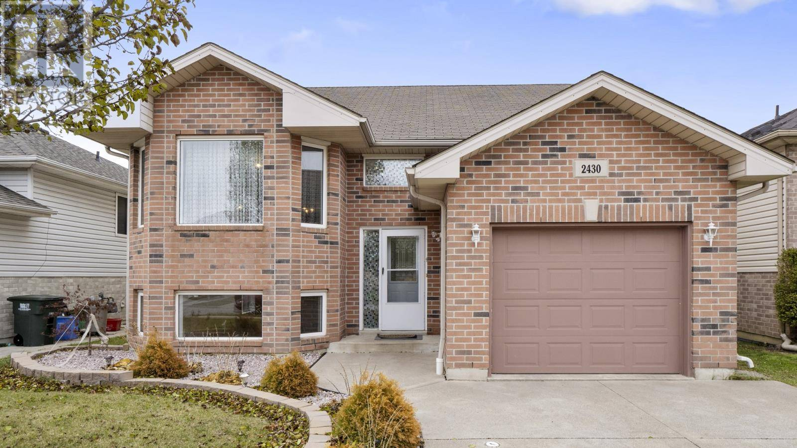 House for sale at 2430 Duneshill  Windsor Ontario - MLS: 19029058