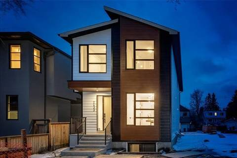 House for sale at 2433 26a St Southwest Calgary Alberta - MLS: C4291420