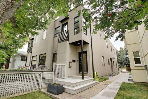Townhouse for sale at 2433 29 St SW Calgary Alberta - MLS: A1034020