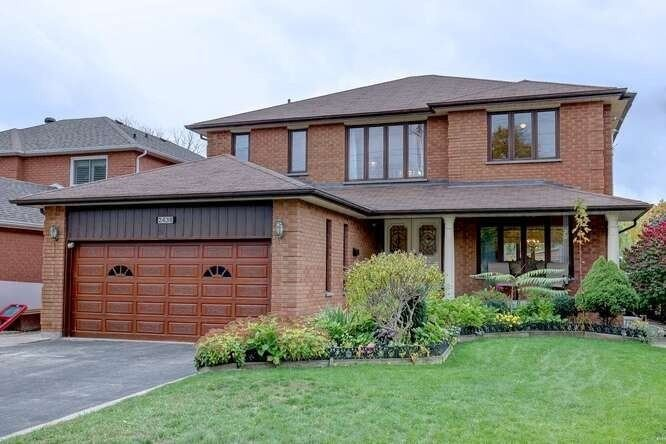House for sale at 2438 Hensall St Mississauga Ontario - MLS: W4970139