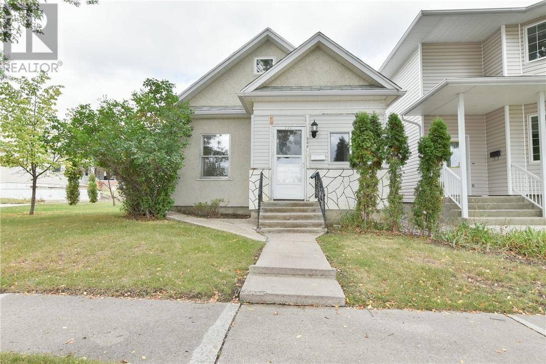 House for sale at 244 4 St Nw Medicine Hat Alberta - MLS: mh0177991