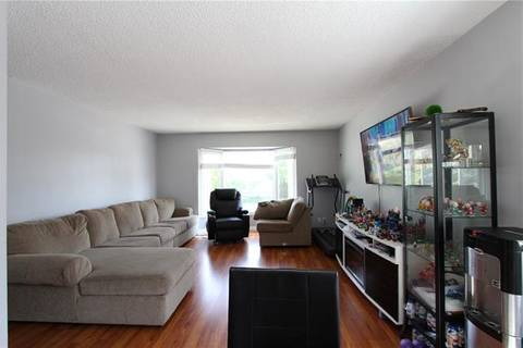 House for sale at 244 Penbrooke Cs Southeast Calgary Alberta - MLS: C4269968