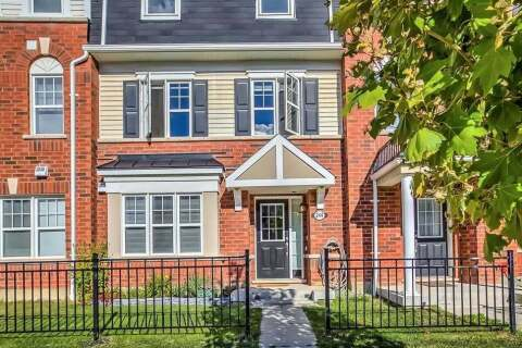 Townhouse for sale at 244 Remembrance Rd Brampton Ontario - MLS: W4917235
