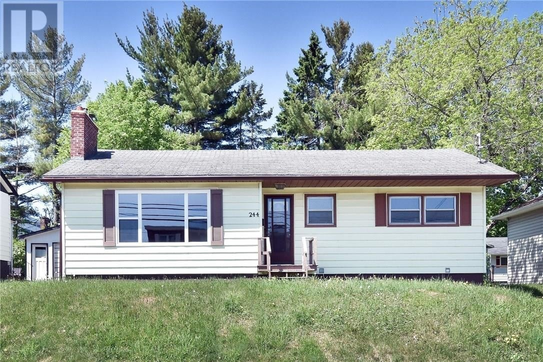 House for sale at 244 West Ln Moncton New Brunswick - MLS: M128647