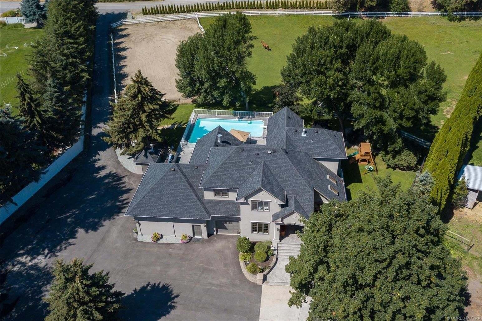 House for sale at 2441 Saucier Rd Kelowna British Columbia - MLS: 10213228