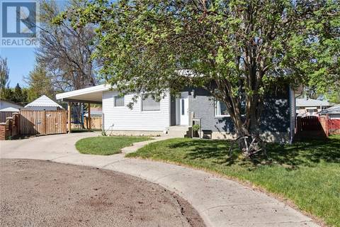 House for sale at 2442 Jackson Pl Se Medicine Hat Alberta - MLS: mh0166170