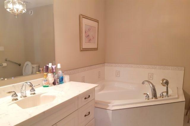 For Sale: 2448 Hamilton Road, Sarnia, ON | 2 Bed, 3 Bath House for $639,000. See 20 photos!