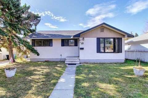 House for sale at 2449 Elmwood Dr SE Calgary Alberta - MLS: A1040826
