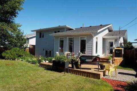 House for sale at 245 9 St Southeast Three Hills Alberta - MLS: C4291170
