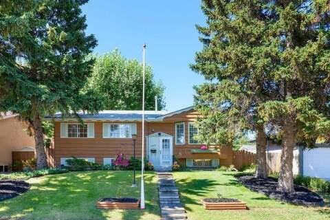 House for sale at 245 Allan Cres SE Calgary Alberta - MLS: A1031574