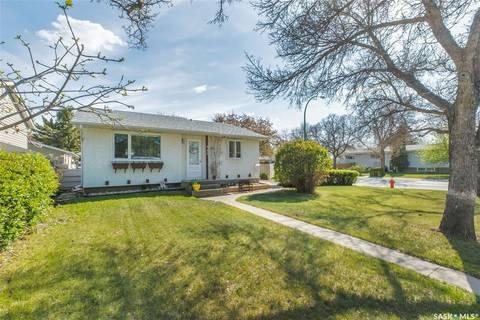 House for sale at 245 Read Ave Regina Saskatchewan - MLS: SK772972