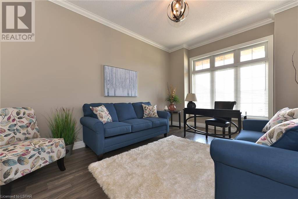 2452 Red Thorne Avenue, London | Image 2