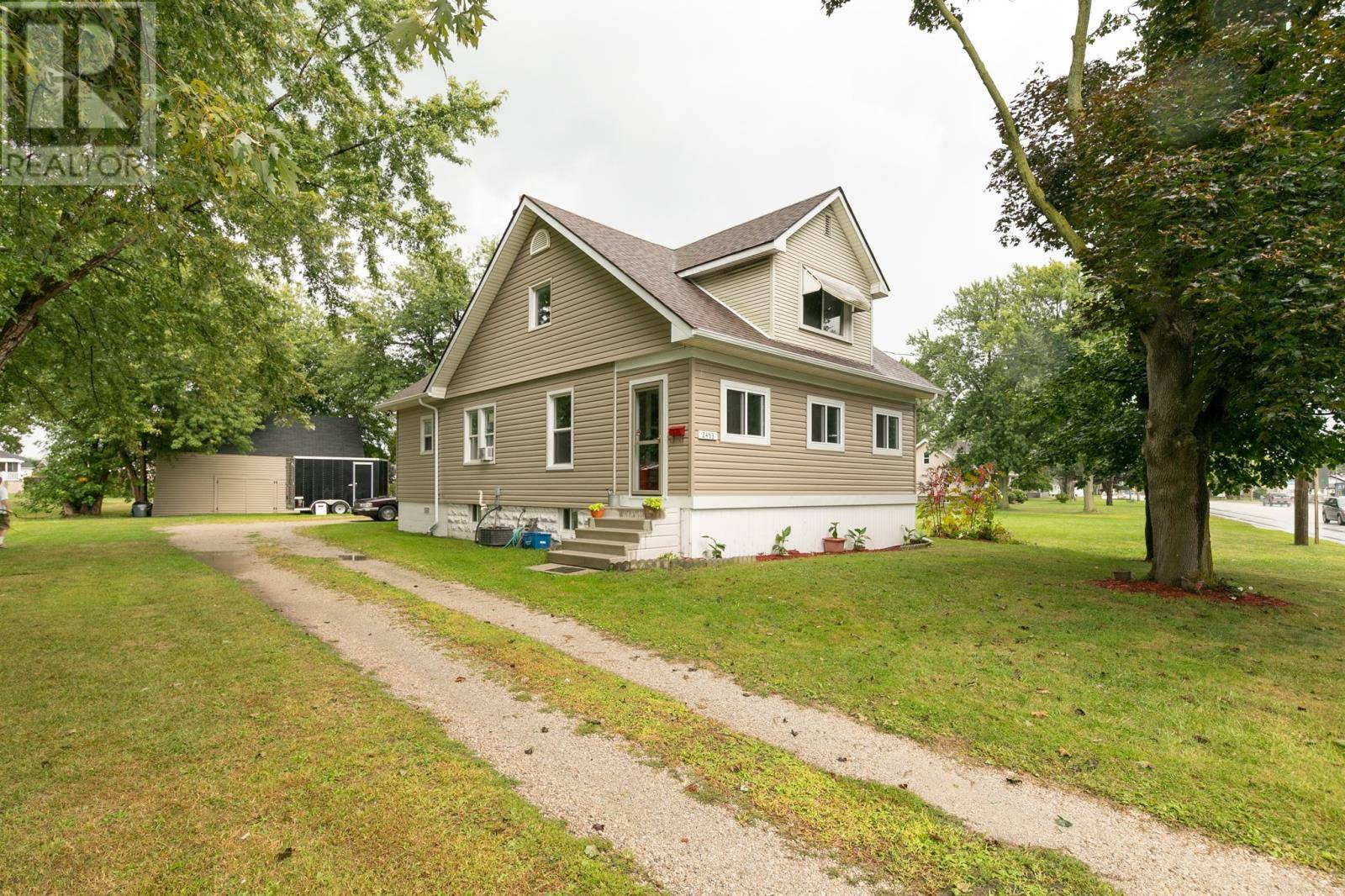 2453 Front Road, Lasalle | Image 1