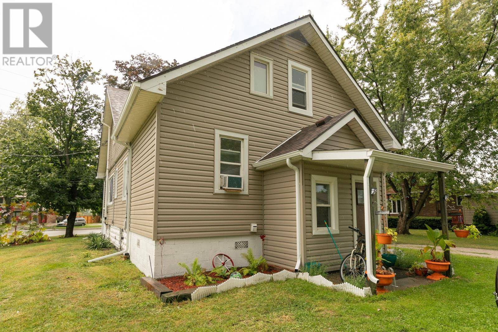 2453 Front Road, Lasalle | Image 2