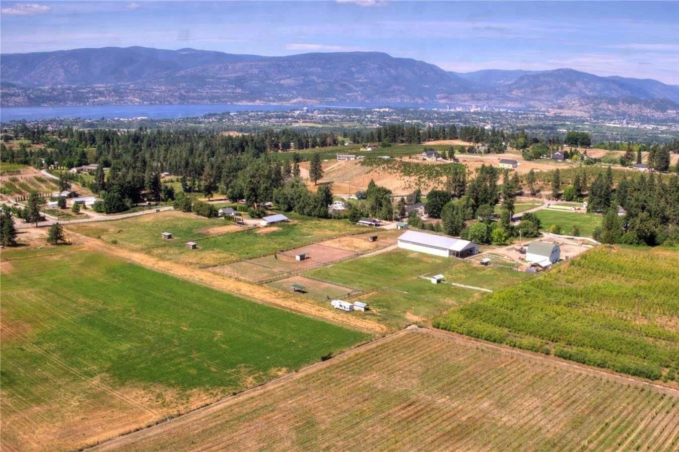 Home for sale at 2457 Saucier Rd Kelowna British Columbia - MLS: 10214884