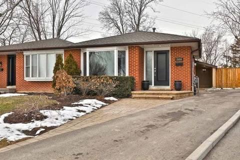 Townhouse for sale at 2459 Martin Ct Burlington Ontario - MLS: W4692368
