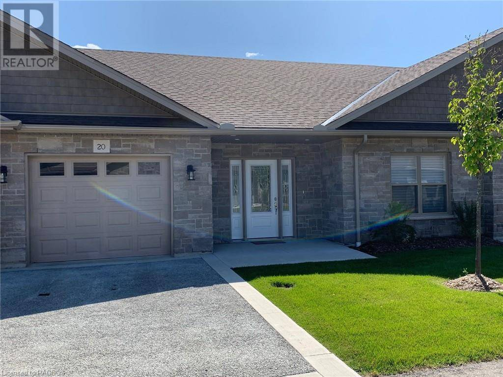 Home for sale at 20 Grey St Unit 246 Southampton Ontario - MLS: 218348