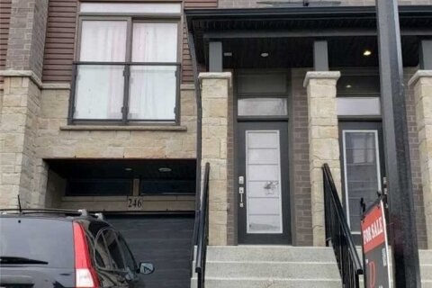 Townhouse for sale at 30 Times Square Blvd Unit 246 Hamilton Ontario - MLS: X4979197