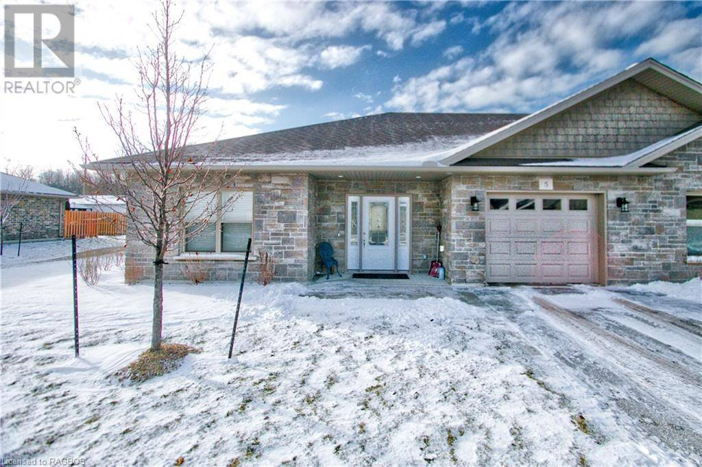 Home for sale at 5 Grey St South Unit 246 Southampton Ontario - MLS: 239002