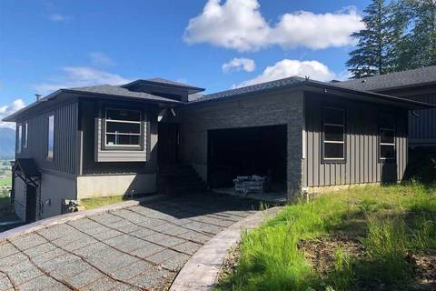 House for sale at 51075 Falls Ct Unit 246 Chilliwack British Columbia - MLS: R2384633