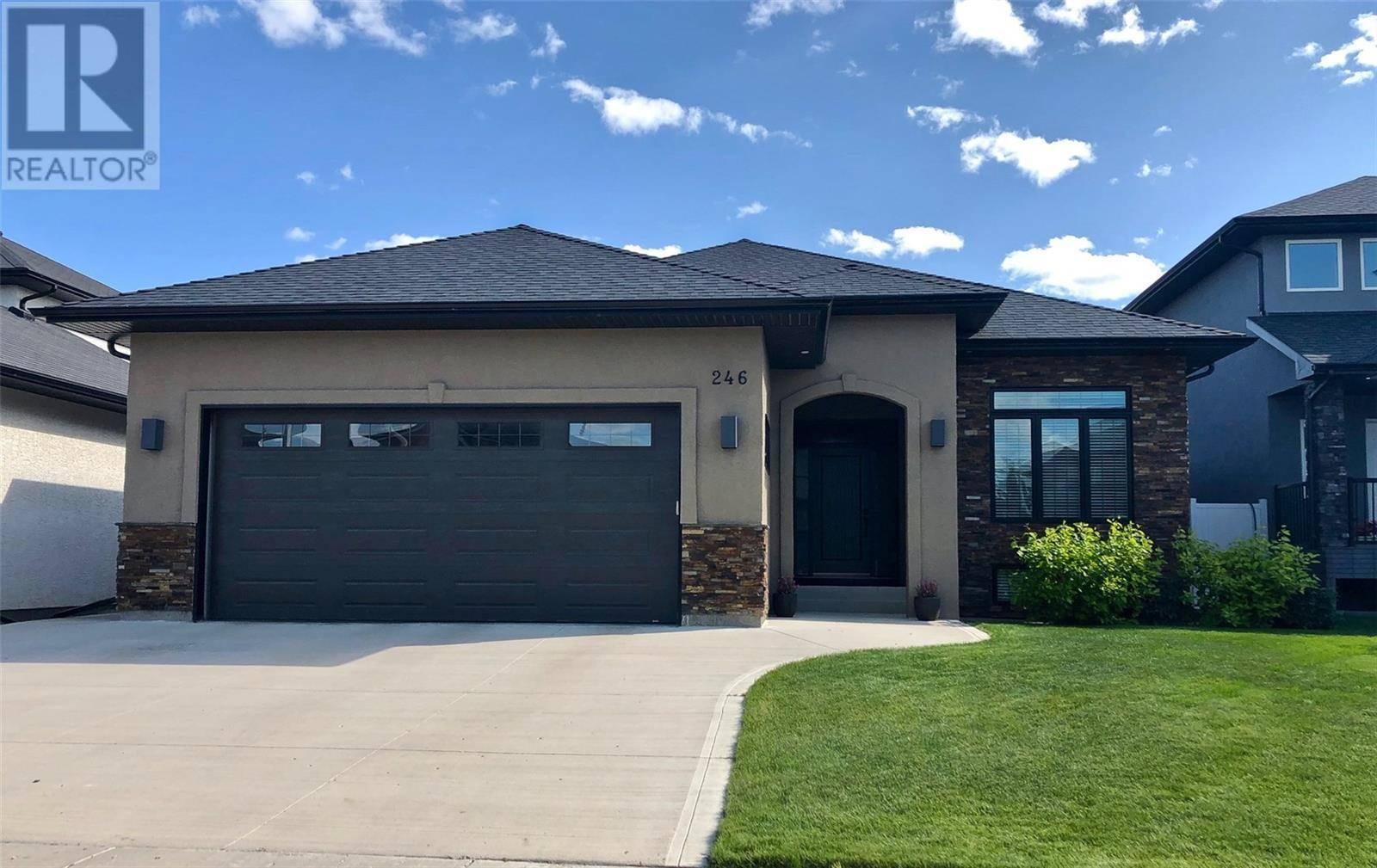 House for sale at 246 Pohorecky St Saskatoon Saskatchewan - MLS: SK783096