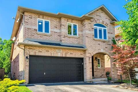 House for sale at 2466 Blue Holly Cres Oakville Ontario - MLS: W4814343