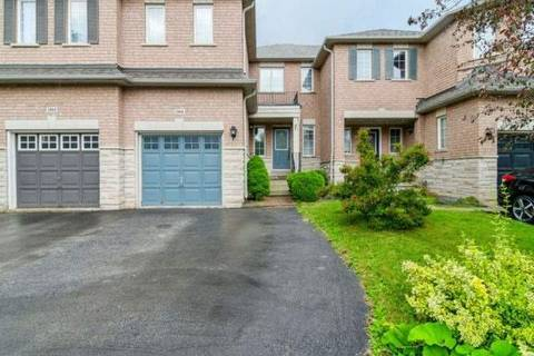 Townhouse for rent at 2466 Newcastle Cres Oakville Ontario - MLS: W4517051