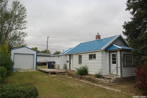 House for sale at 247 Atlantic Ave Kerrobert Saskatchewan - MLS: SK799627