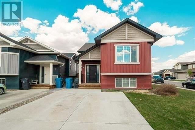 House for sale at 247 Blackwolf Wy N Lethbridge Alberta - MLS: ld0193851