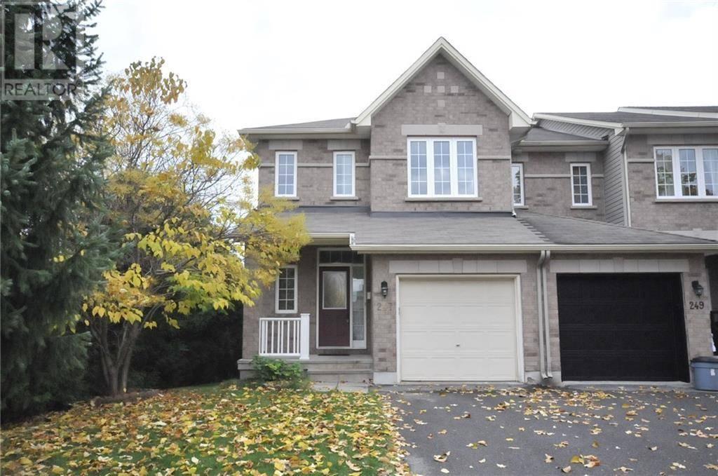 Townhouse for sale at 247 Saddlesmith Circ Kanata Ontario - MLS: 1173714