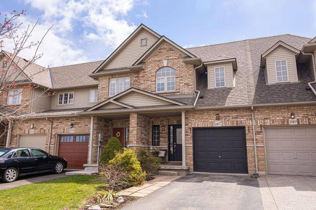 Townhouse for sale at 247 Southbrook Dr Binbrook Ontario - MLS: H4076849
