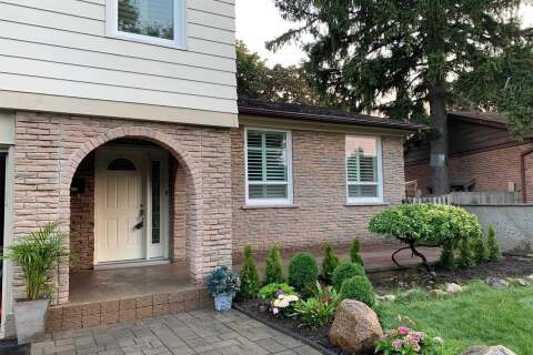 House for sale at 2470 Oak Row Cres Mississauga Ontario - MLS: W4865361