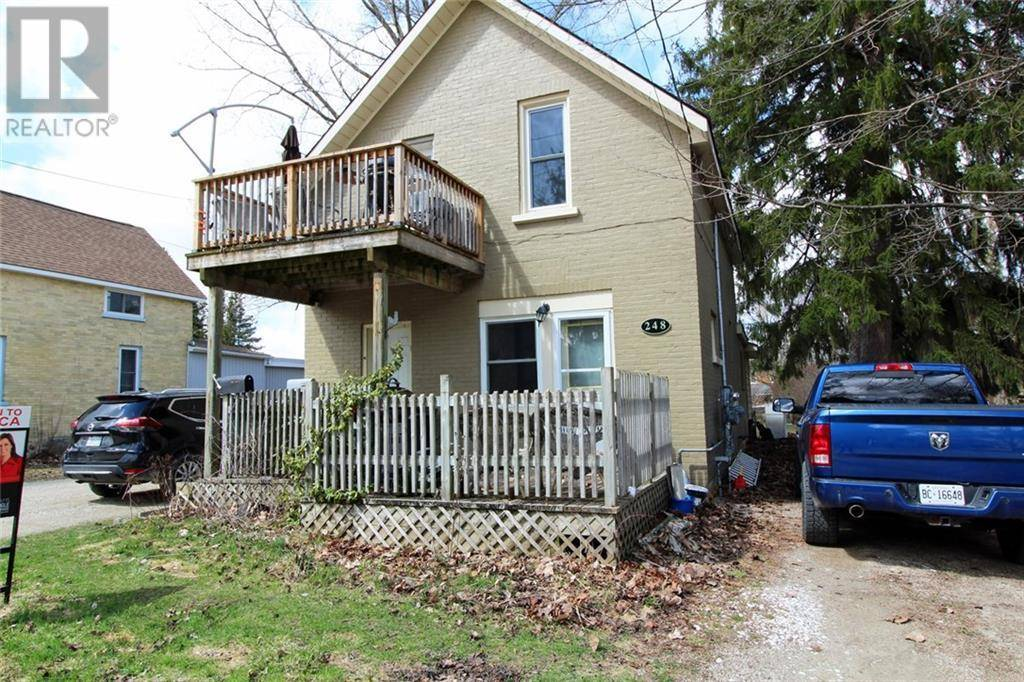 Townhouse for sale at 248 8th St Hanover Ontario - MLS: 30802009