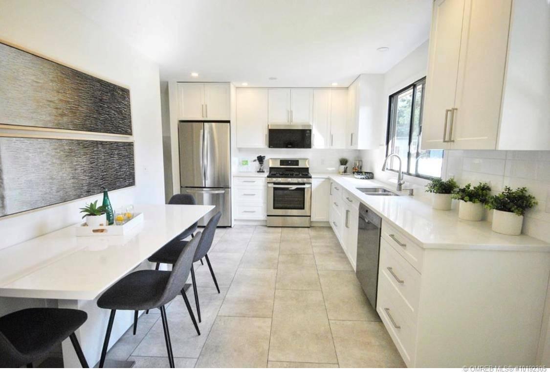 House for sale at 2483 Rhondda Cres Kelowna British Columbia - MLS: 10192305