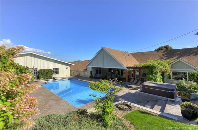 House for sale at 2485 Longhill Rd Kelowna British Columbia - MLS: 10179861
