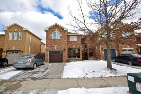Townhouse for sale at 2488 Newcastle Cres Oakville Ontario - MLS: W4694336