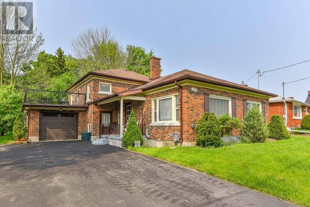Townhouse for sale at 249 Bedford Rd Kitchener Ontario - MLS: 30754542